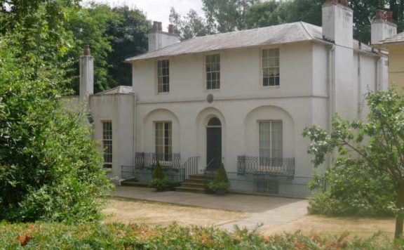 The front of Keats House in Hampstead