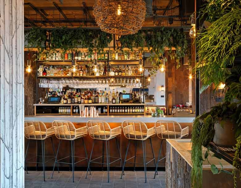 Madera restaurant photography by Simon Brown