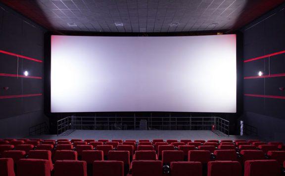 Cineworld to close all UK cinemas until spring 2021