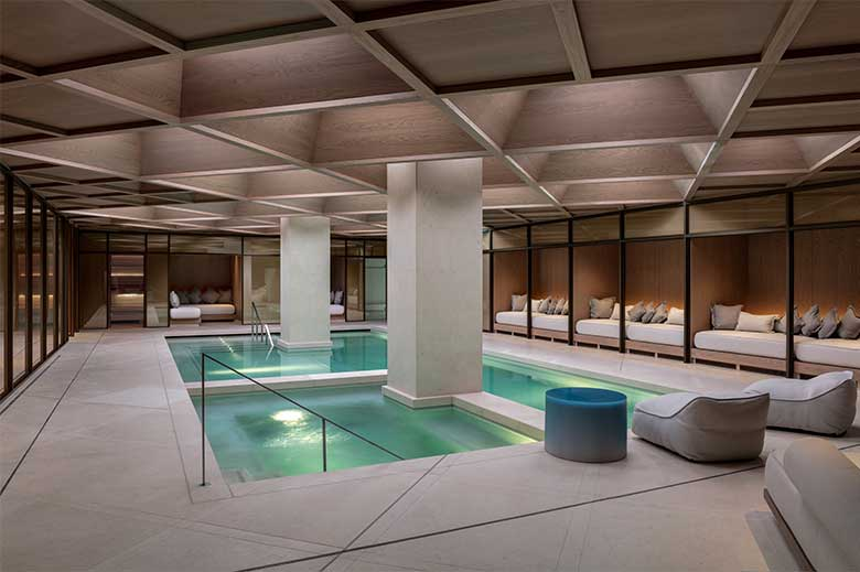 The Retreat at the Londoner - the pool
